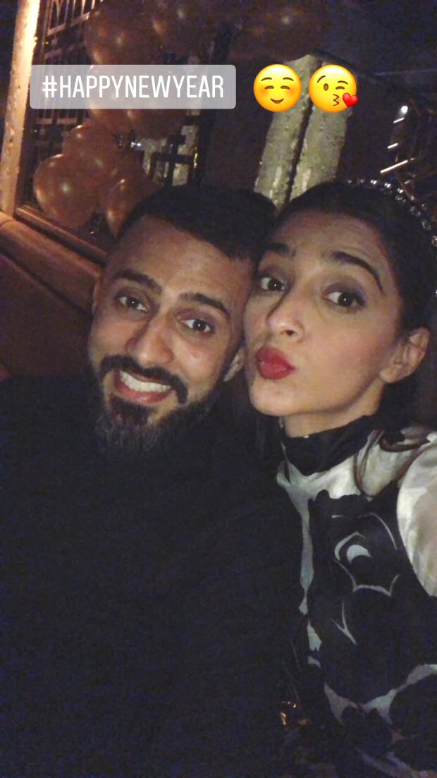 WATCH Sonam Kapoor and Anand Ahuja cuddle and dance while ringing New Year together!1