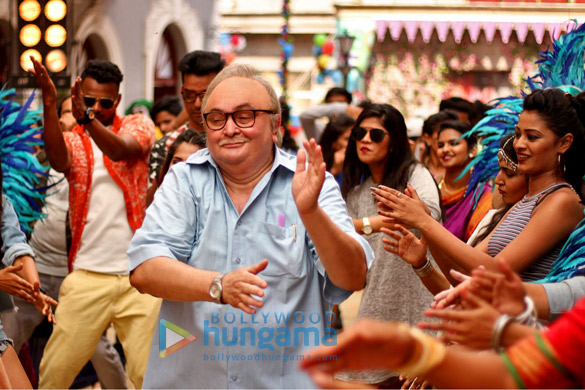 WOW! Rishi Kapoor croons for the first time in 102 Not Out