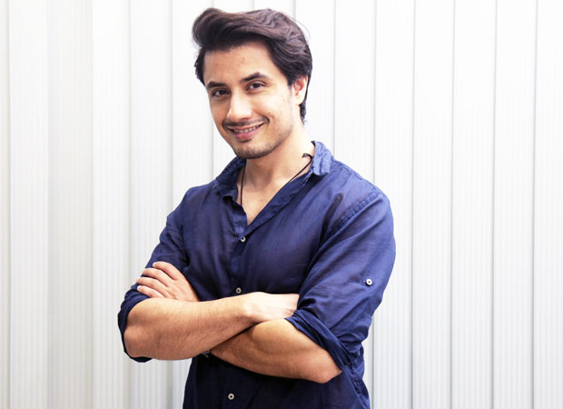 After being accused by Meesha Shafi of sexual harassment, female band members of Ali Zafar support him