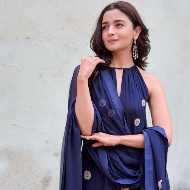 Alia Bhatt flaunts the season's favourite no makeup makeup look for Raazi promotions