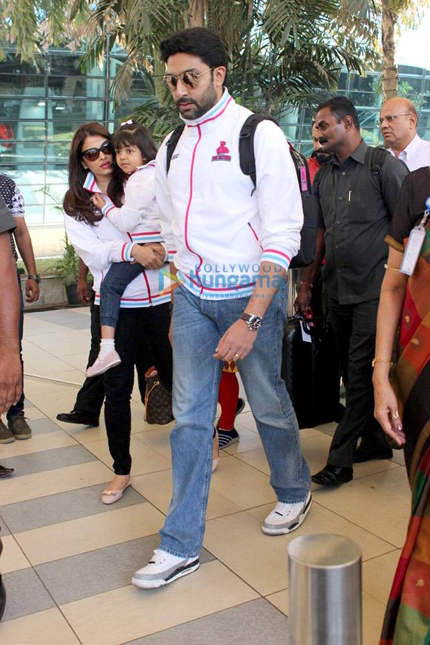 Couple twinning in white - Aishwarya Rai Bachchan and Abhishek Bachchan