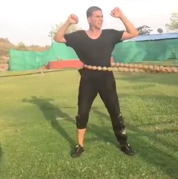 WATCH: Akshay Kumar shows how to beat the summer heat with some intense core training