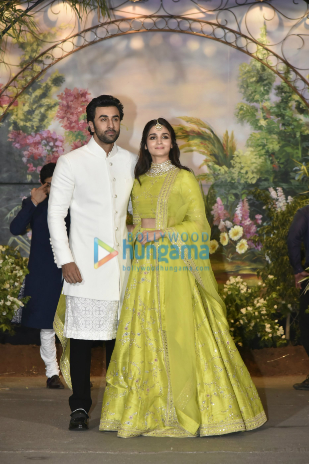 Adding fuel to dating rumours, Ranbir Kapoor and Alia Bhatt came together for Sonam Kapoor and Anand Ahuja's reception