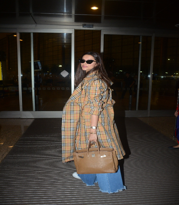 Deepika Padukone Airport Style 2