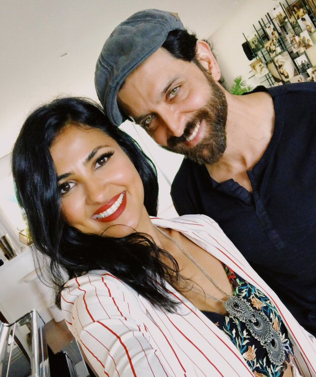 Hrithik Roshan is a FAN of Indo-American singer Vidya Vox and here's the proof!