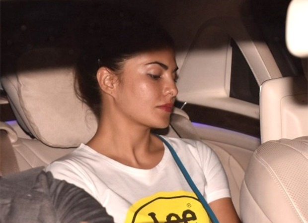 Jacqueline Fernandez leaves Salman Khan's home in the wee hours of morning, meets with an accident