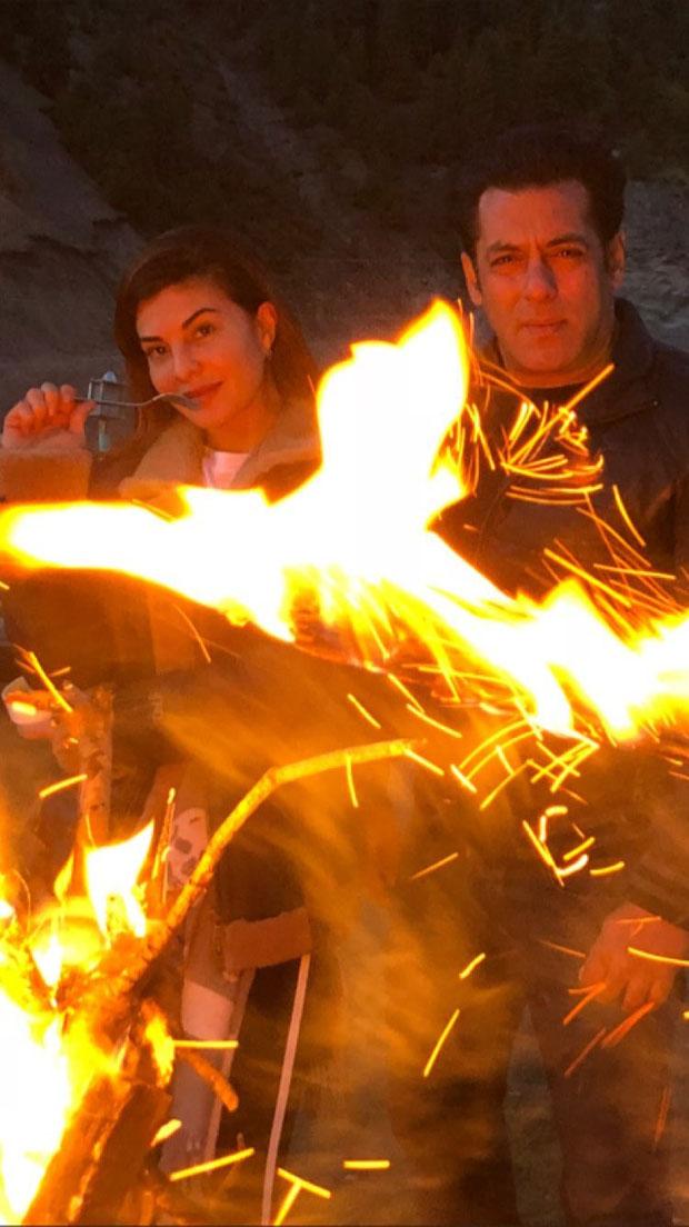 Race 3 Salman Khan and Jacqueline Fernandez enjoy bonfire in Kashmir