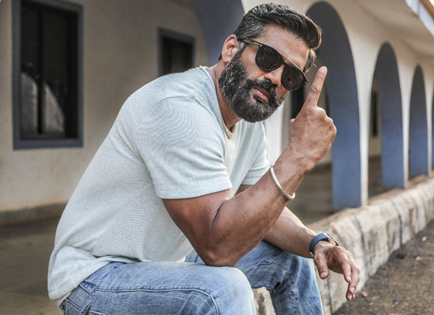 Suniel Shetty goes back to his roots as he makes Kannada DEBUT