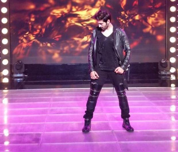 WATCH: Kartik Aaryan burns the dance floor at the IPL 2018 closing ceremony!