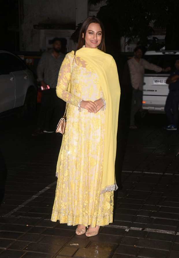 Sonakshi Sinha in Manish Malhotra at Aayush Sharma-Arpita Khan EID Bash (3)