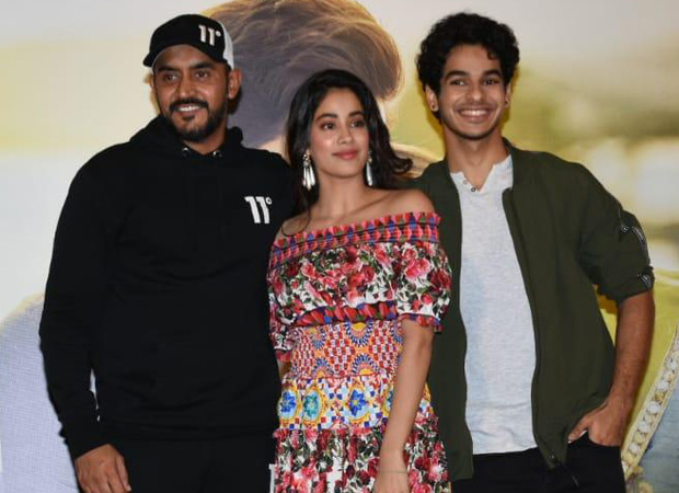 """""""I did a yay 100 times when they praised me and cried in the bathroom when it was a nay""""- Janhvi Kapoor at Dhadak success press conference"""