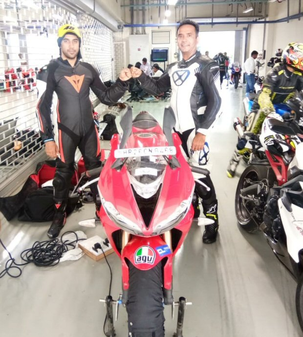 Amit Sadh becomes the first Bollywood celebrity to join a popular superbike team