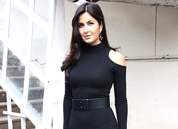 Katrina Kaif queen of cool! HECKLED by fans at Vancouver show, the actress DEALS with it with CLASS and GRACE!