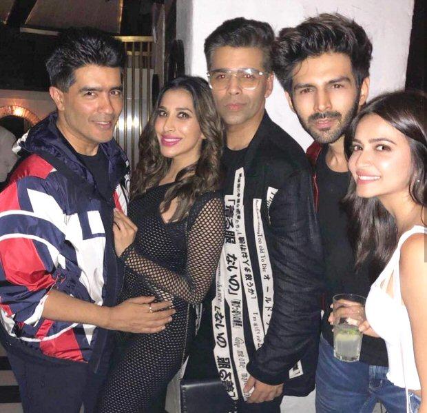 Kriti Sanon celebrates her birthday along with Dinesh Vijan, Sushant Singh Rajput, Karan Johar and others
