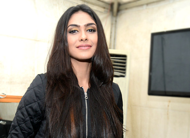 Super 30 Mrunal Thakur REVEALS about her role as a dancer in this Hrithik Roshan starrer