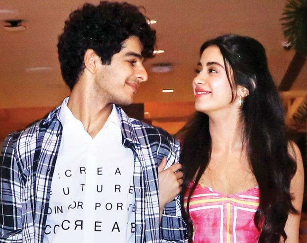 WATCH: Janhvi Kapoor and Ishaan Khatter relish on Gol Gappe while promoting Dhadak in Delhi