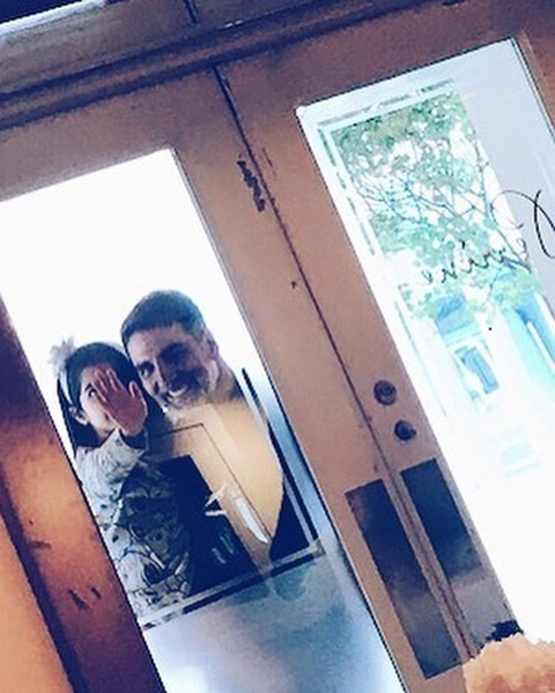 Akshay Kumar and Nitara get clicked by Twinkle Khanna and the result is beyond beautiful