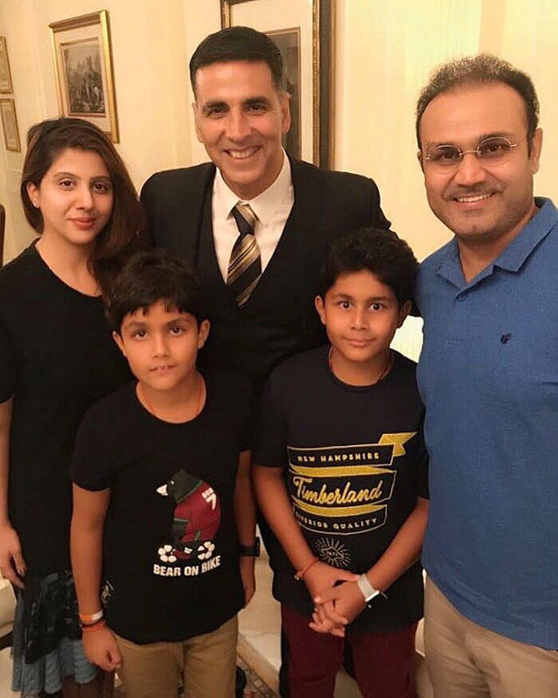 Akshay Kumar gets a thumbs up from Virender Sehwag for Gold