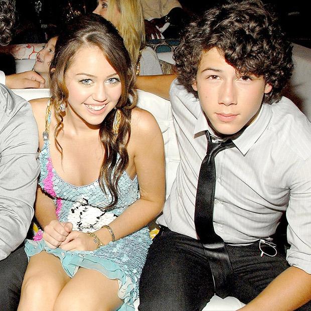 Miley Cyrus dating französisch montana