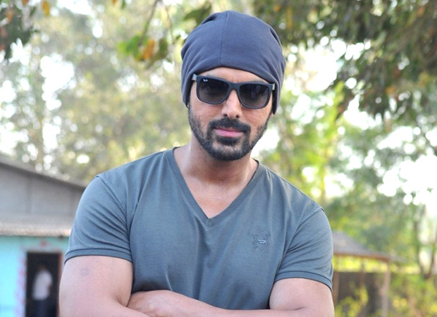 John Abraham kicks off the third schedule in Gulmarg, Kashmir