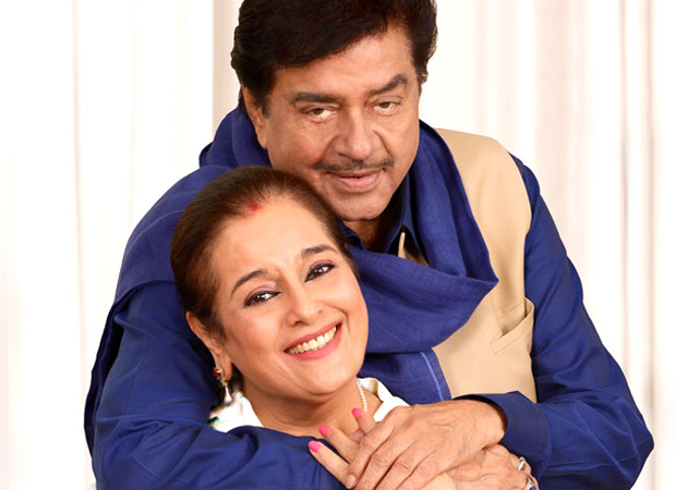 Shatrughan Sinha & family every week in theatres, wife Poonam Sinha to make a comeback
