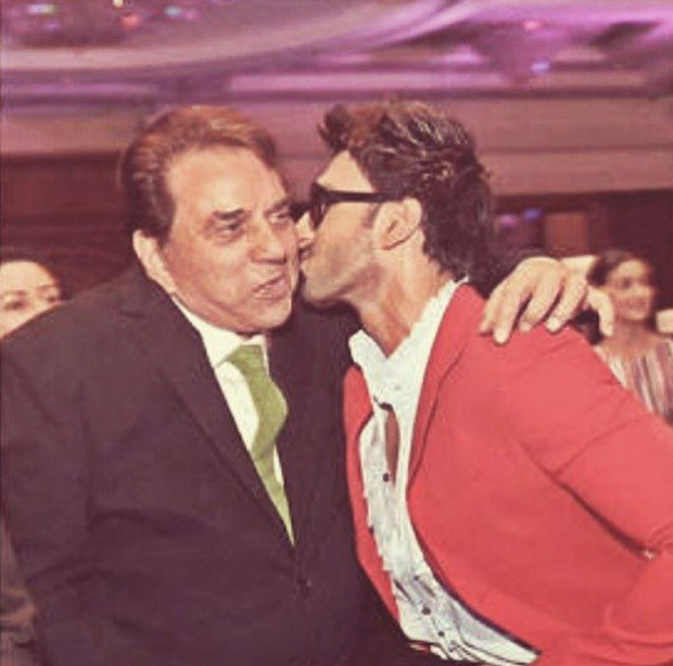 Throwback Thursday: Ranveer Singh gives a sweet kiss to Dharmendra in this adorable photo