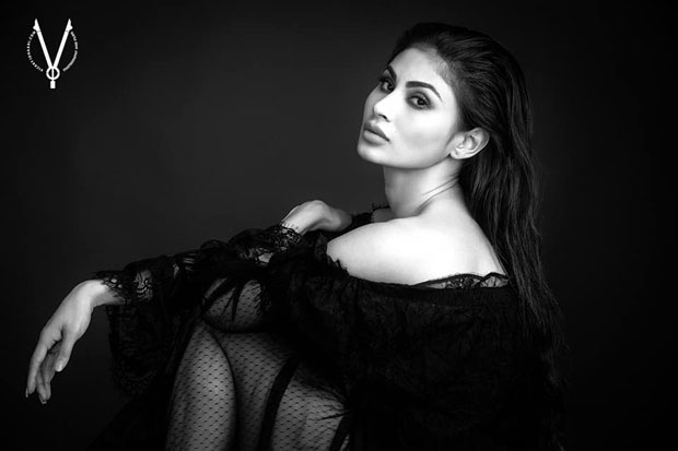 WOW! Ethereal and exquisite Mouni Roy's scintillating B&W photoshoot is a total knockout (see ALL pics)