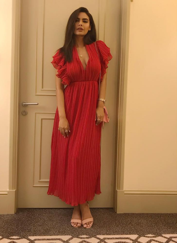 Esha Gupta in Nasty Gal for an event (2)