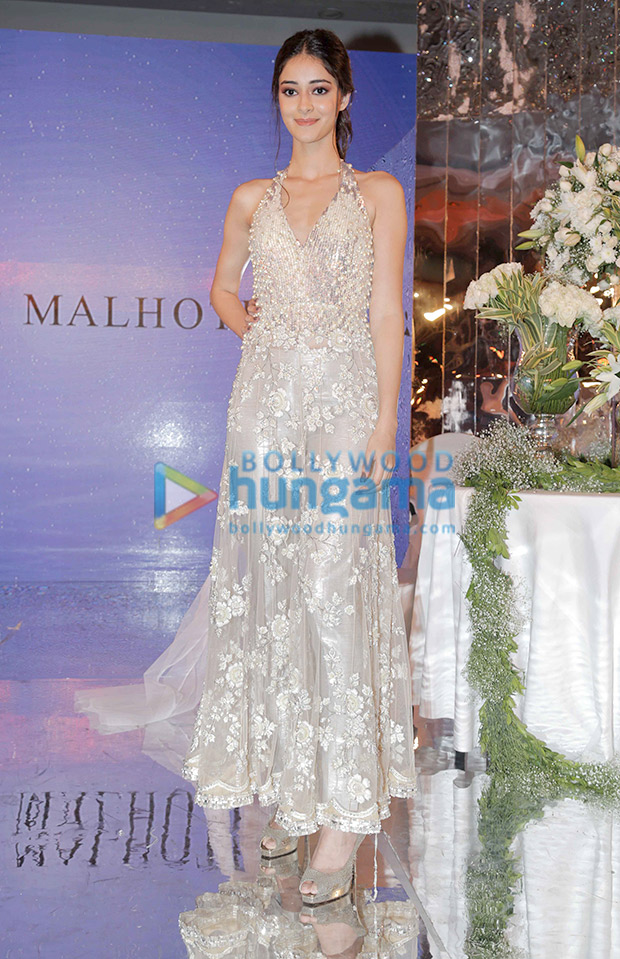 Ananya Panday in Manish Malhotra for the Festive Junction Show (3)