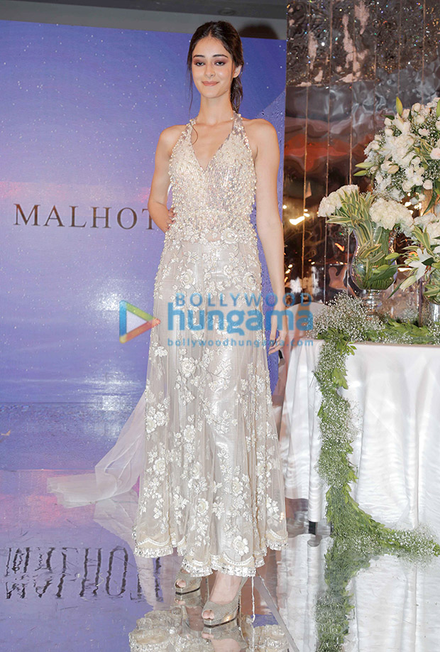 Ananya Panday in Manish Malhotra for the Festive Junction Show (4)