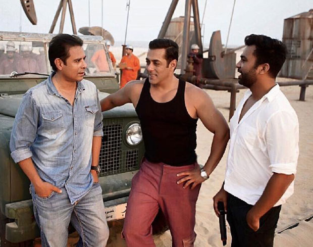 Bharat: Salman Khan looks effortlessly HANDSOME in this pic, drops a major hint about his sequence with Varun Dhawan