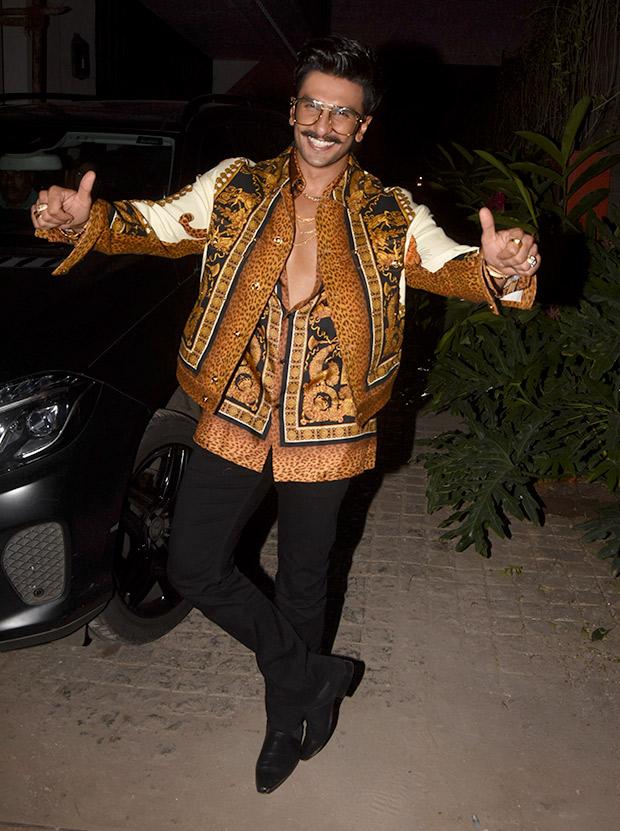 Ranveer Singh in Versace for Koffee With Karan 6 (3)