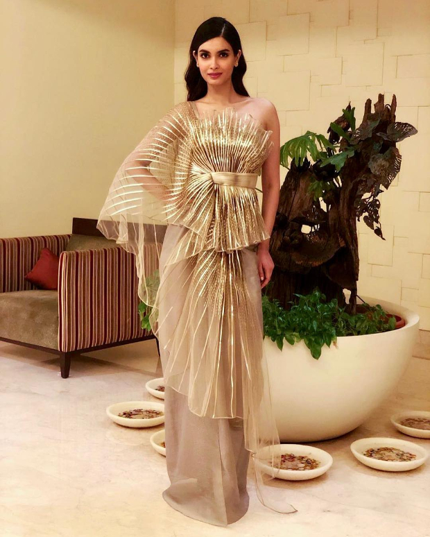 Diana Penty in Amit Aggarwal for the IFFI 2018 Goa closing ceremony (1)