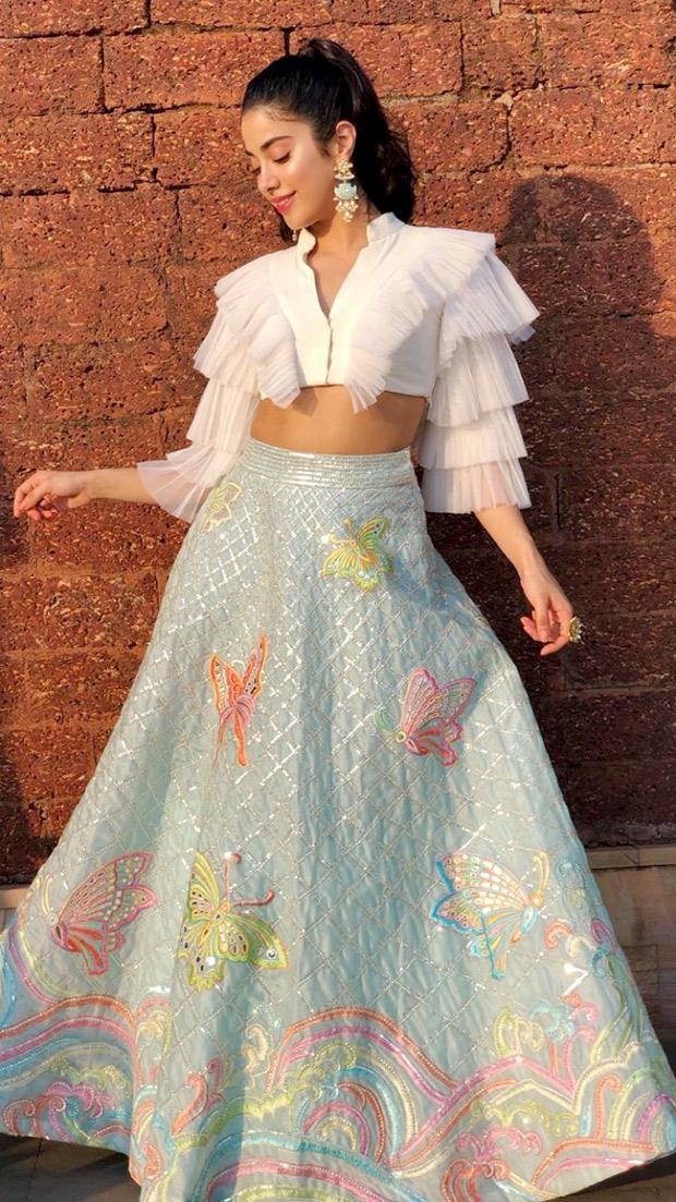 Janhvi Kapoor in Abu Jani Sandeep Khosla Couture for IFFI 2018 Goa (4)