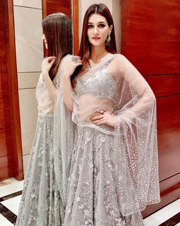 Kriti Sanon in Zara Umrigar for her best friend's wedding in Delhi (8)