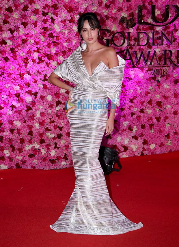 Nora Fatehi in Caroline Bibawi for Lux Gold Rose Awards 2018 (6)