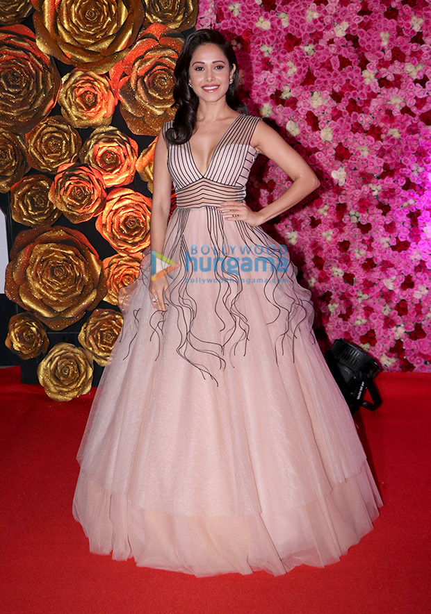 Nushrat Bharucha in Dolly J Studio for Lux Gold Rose Awards 2018 (4)