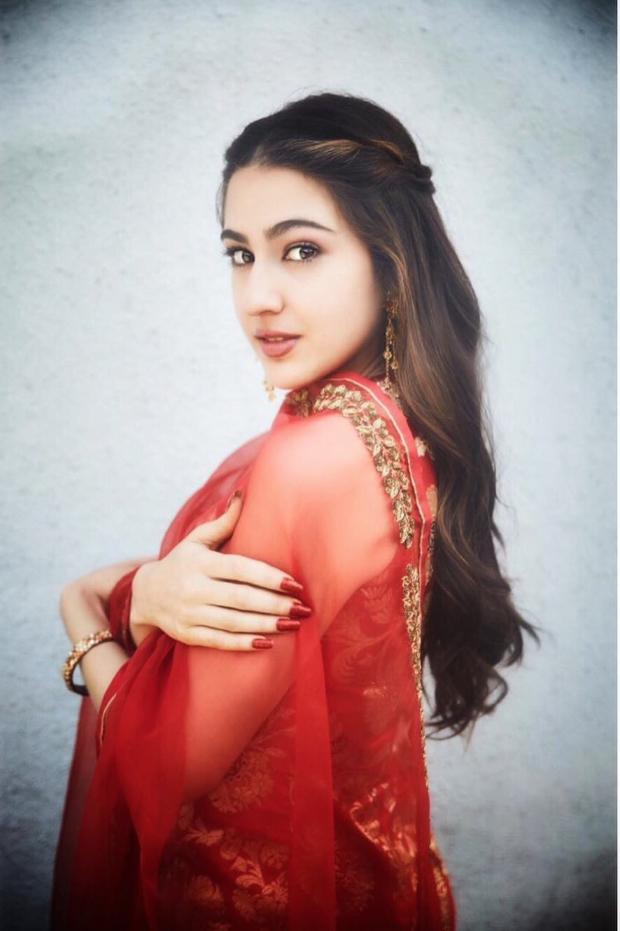 Sara Ali Khan in Raw Mango for Kedarnath promotions (2)