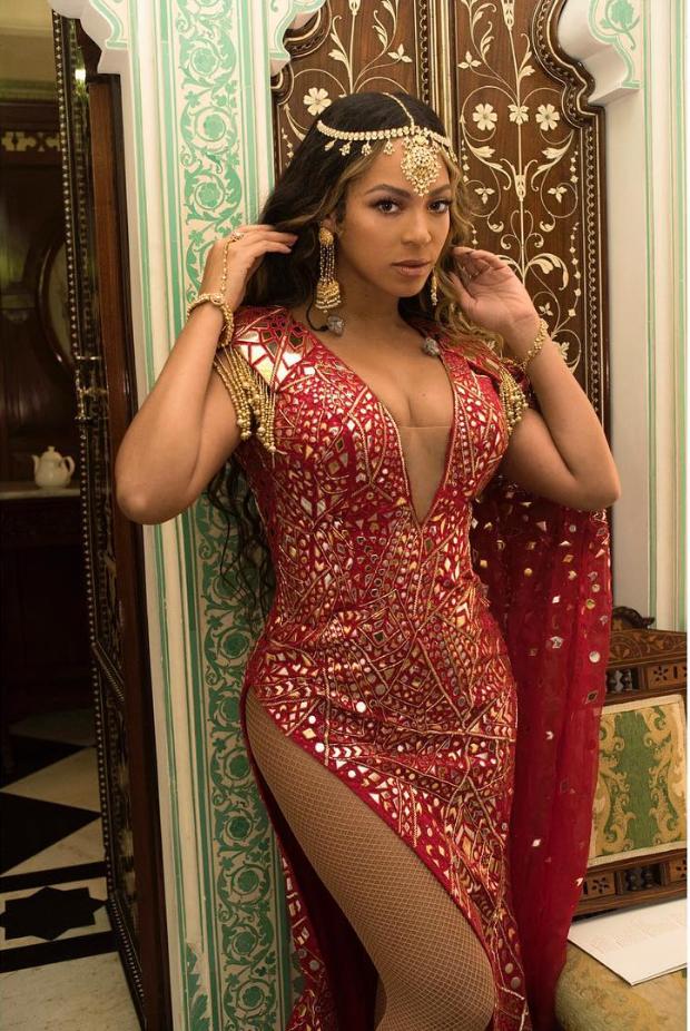 Beyonce in Abu Jani - Sandeep Khosla (4)