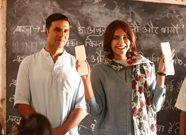 China Box Office: Pad Man registers a slow start, garners 1.52 mil. USD (Rs.10.93 cr) on Friday