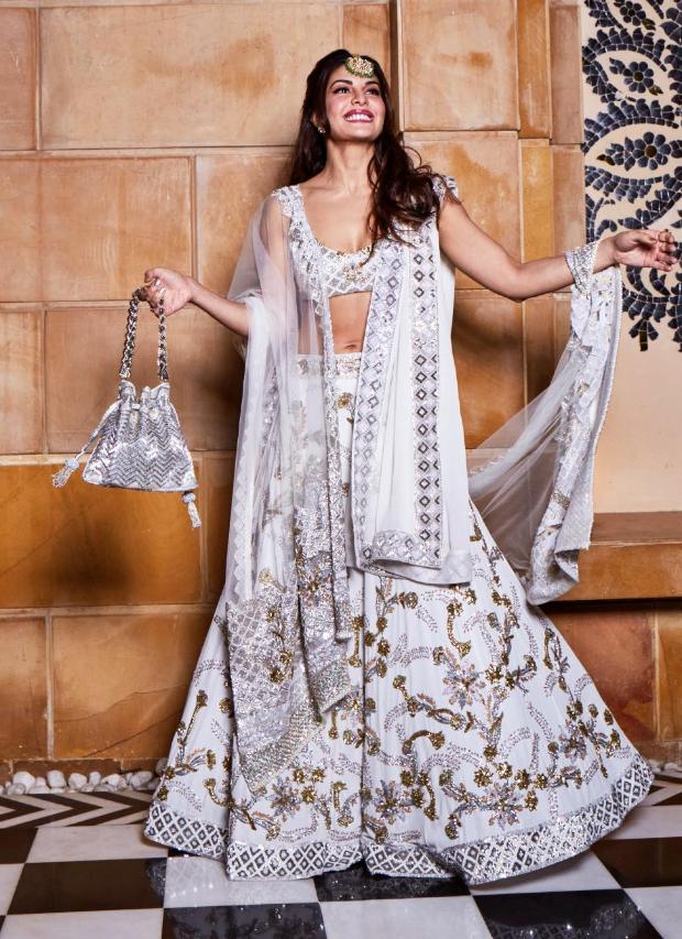Jacqueline Fernandez in Manish Malhotra Couture for Isha Ambani sangeet (1)
