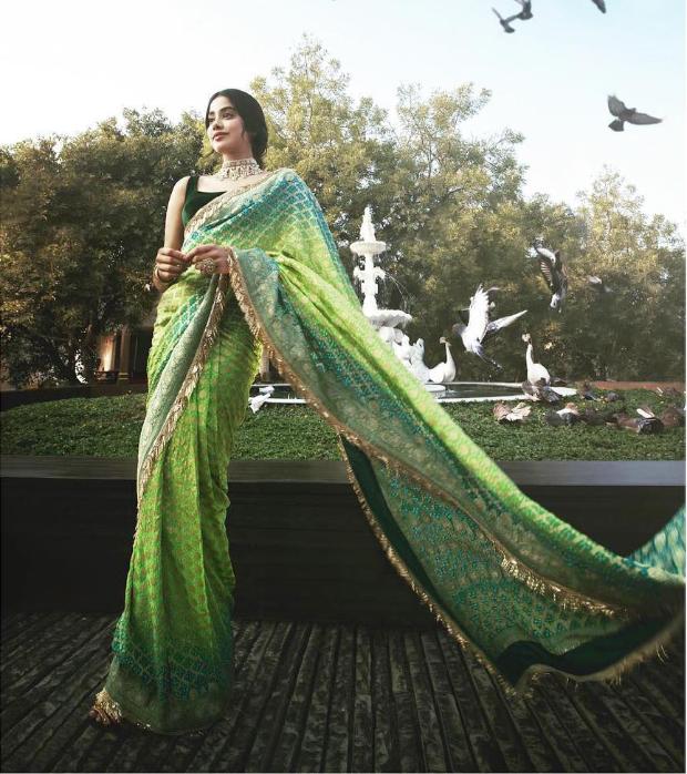 Janhvi Kapoor in Manish Malhotra for Isha Ambani wedding festivities (3)
