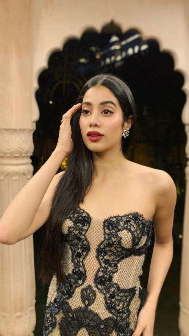 Janhvi Kapoor in Reem Acra for Isha Ambani – Anand Piramal sangeet festivities (3)