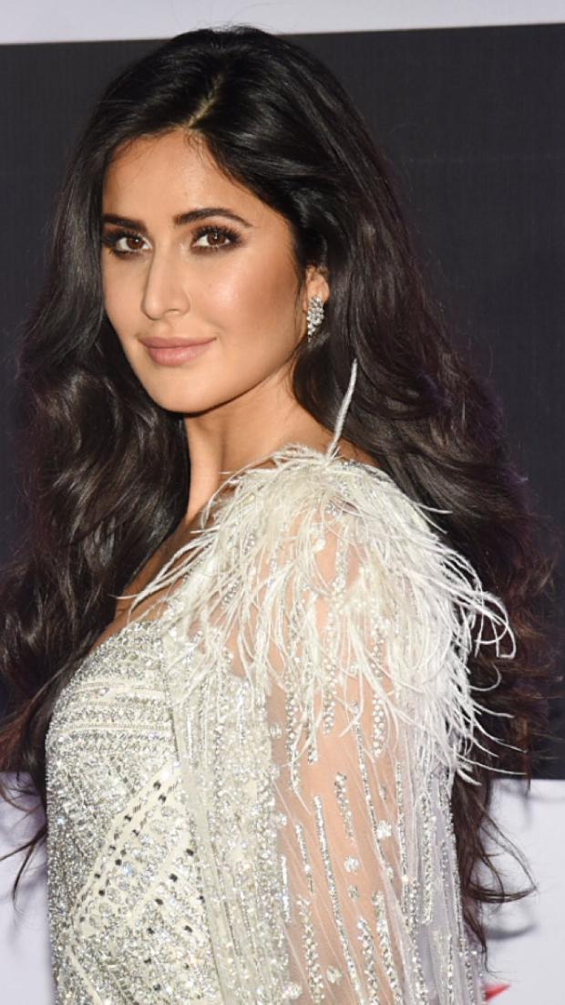 Katrina Kaif in Falguni and Shane Peacock for Star Screen Awards 2018 (1)