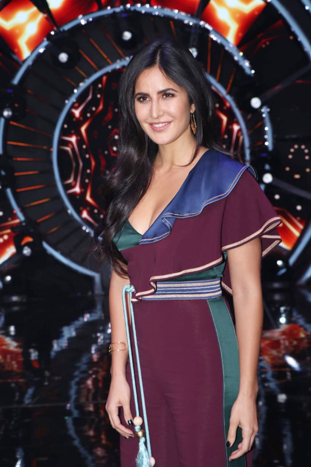 Katrina Kaif in Peter Pilotto for Zero promotions on Indian Idol 10 (2)