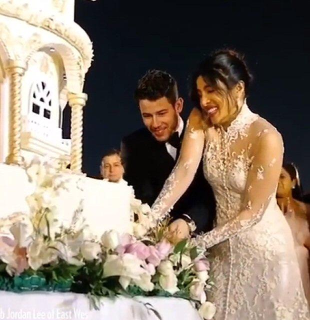 Priyanka Chopra - Nick Jonas wedding Inside details of the gorgeous wedding cake and the Sabyasachi lehenga