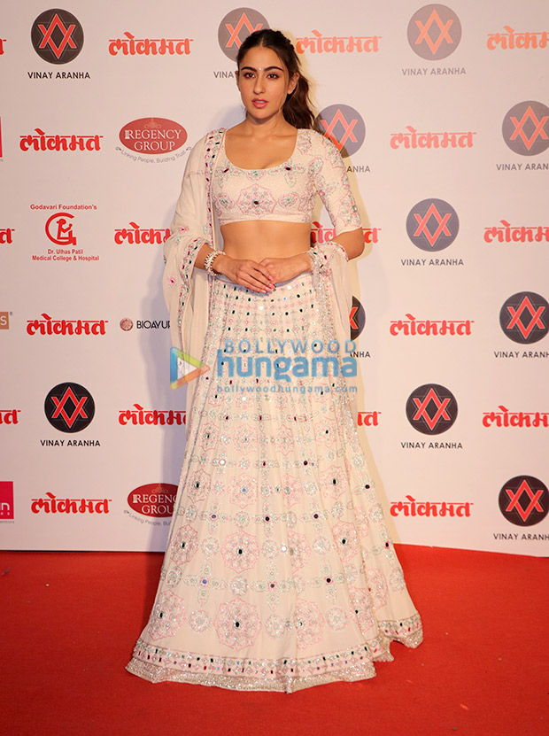 Sara Ali Khan in Manish Malhotra Couture for Lokmat Most Stylish Awards 2018 (3)