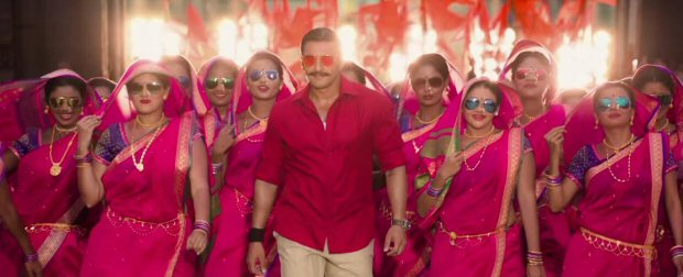 WHOA! Did you know Rohit Shetty shot Ranveer Singh 'Aala Re Aala' song in Simmba with 1800 dancers