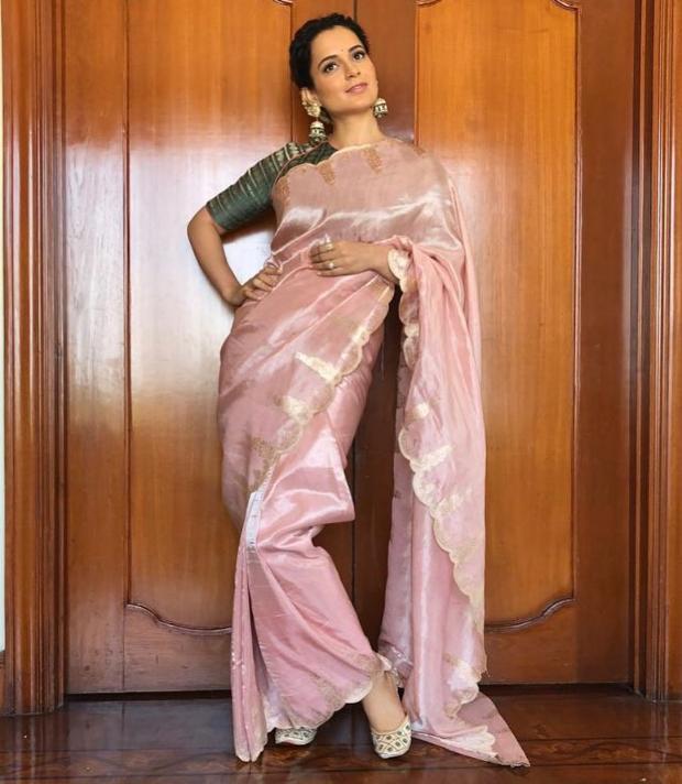 Kangana Ranaut in Ekaya Banaras for Manikarnika trailer launch in Hyderabad (2)