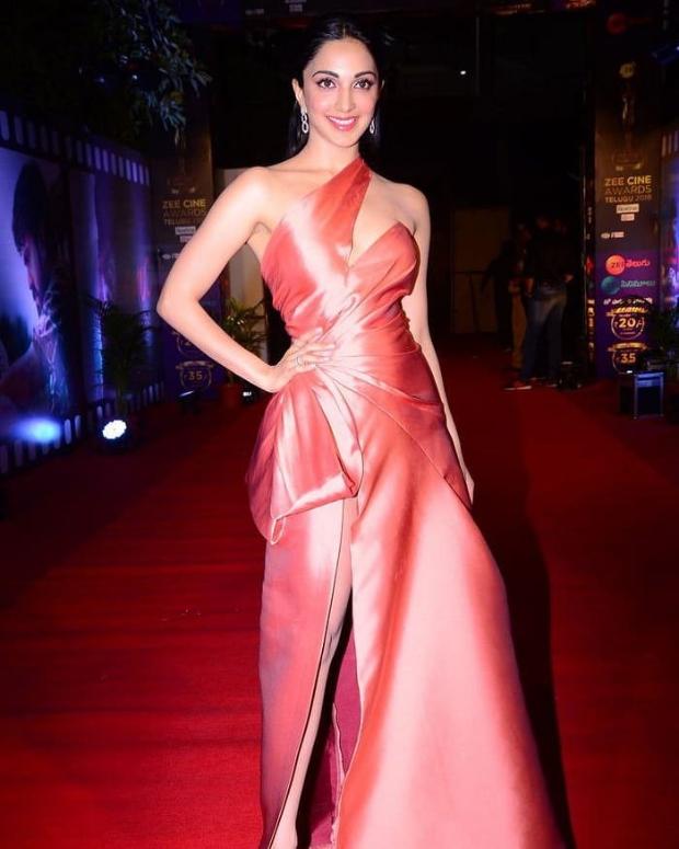 Kiara Advani in Monisha Jaising for Zee Cine Awards Telugu 2018 (4)